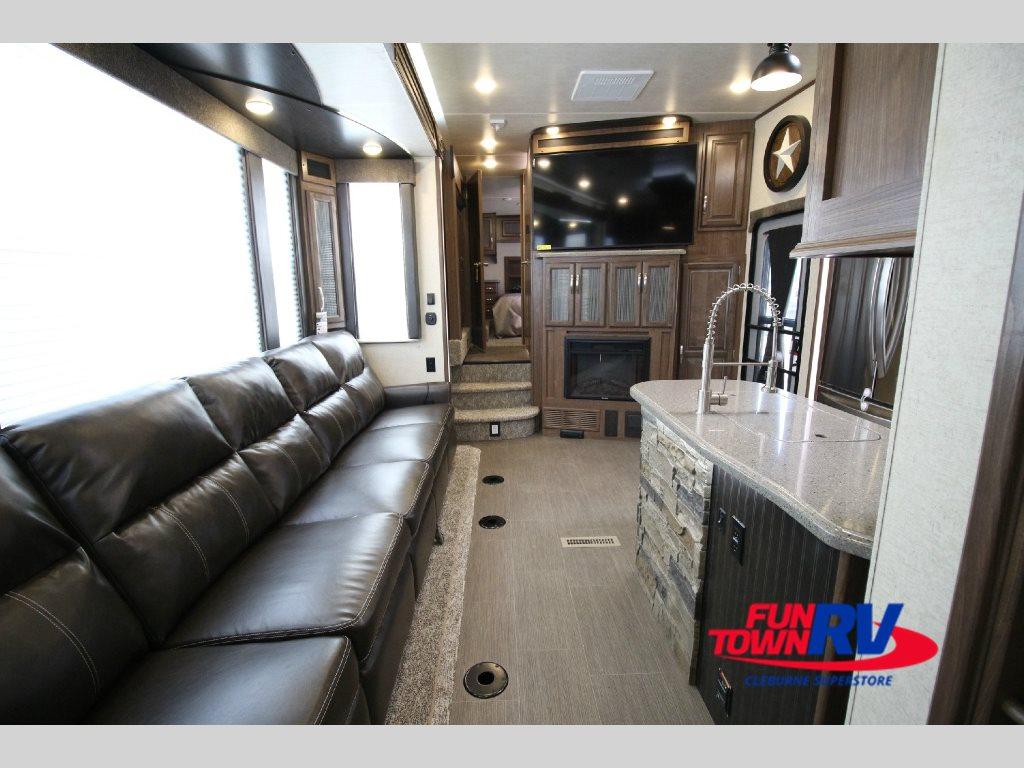 2017 Cruiser Boss Toy Hauler Fifth Wheel Interior