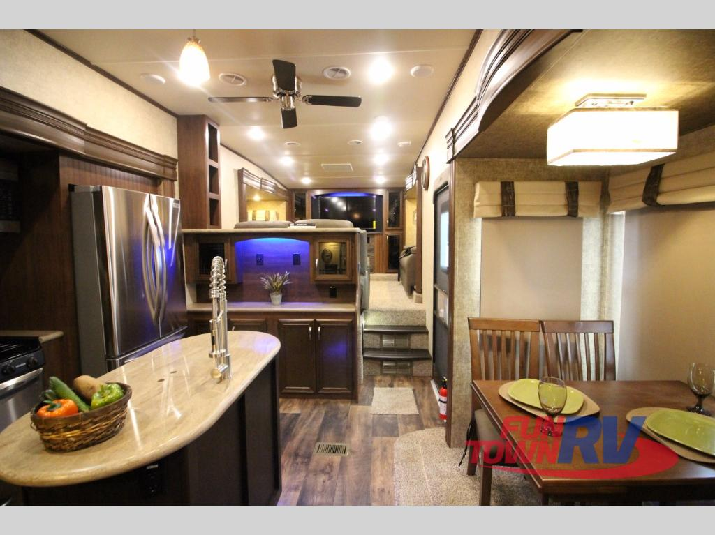 front living room fifth wheel 2017 sandpiper 5th wheel with front living best site 18131