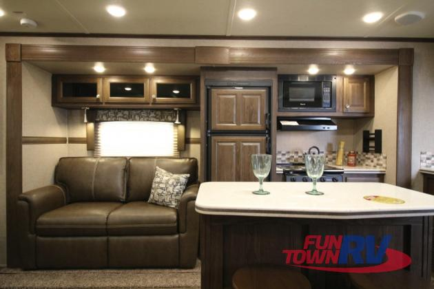 Rockwood Signature Ultra Lite Travel Trailer Rv Home Away From Home