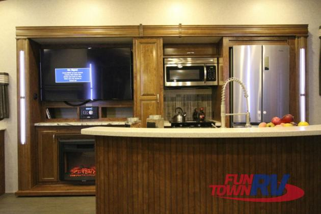 Heartland Sundance 3200MVP Fifth Wheel Kitchen Fireplace